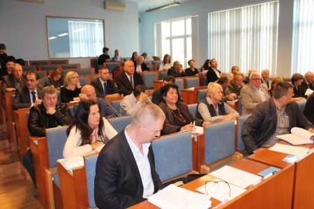 Tko uzima koncesije na pomorska dobra u Ličko-senjskoj županiji?