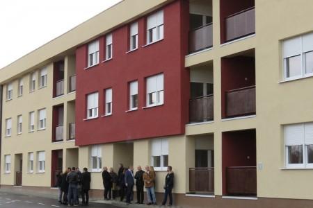 Dodijeljeni ključevi 30 stanova u Gospiću
