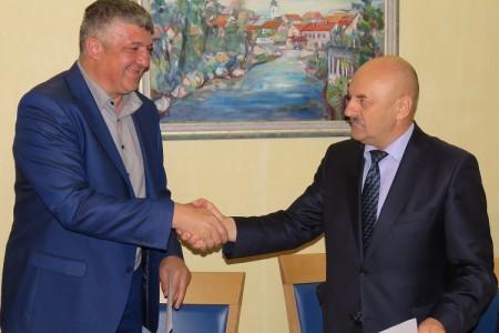 Karlo Starčević i službeno preuzeo dužnost gradonačelnika Gospića