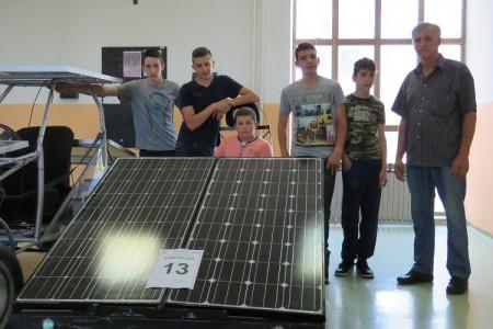 Solarni automobil Strukovne škole Gospić osvojio 5.mjesto u Sisku
