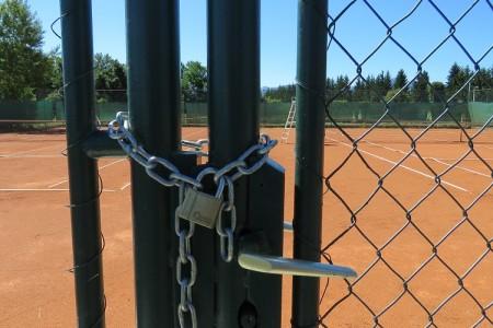 Prije 117 godina Gospić je imao prvi teniski klub u Hrvatskoj,a danas ne znamo upravljati jednim igralištem!!!