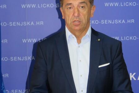 """Župan Darko Milinović:""""požarišta na području županije su pod kontrolom, hvala svim vatrogascima""""!"""