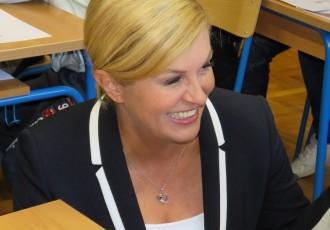 Predsjednica Kolinda Grabar Kitarović danas u obilasku Perušića,Senja i Otočca