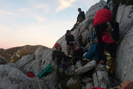 Akcija spašavanja penjača na Velebitu uspješno završena!!!