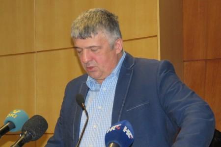 VIDEO: vijećnika Zdravka Župana jako smeta zašto mu je na kućnu adresu došlo pismo jedne građanke!!!