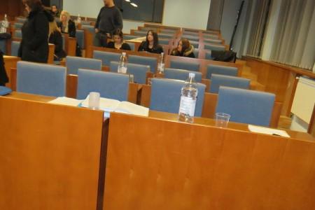 Situacija oko proračuna grada Gospića kristalno je jasna- čim gradonačelnik predloži proračun otkucava sat Gradskom vijeću. Ili će prihvatiti ono što su uporno odbijali!!!