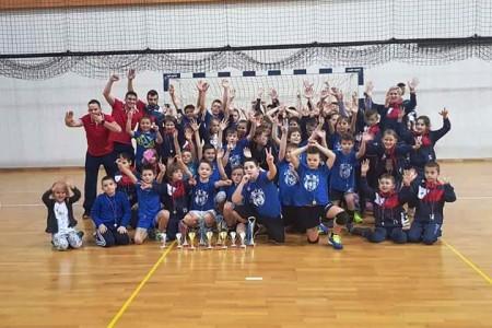 Gospićki rukometaši sudjelovali na nekoliko natjecanja i ostvarili odlične rezultate!!!