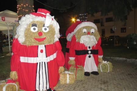 Prvi dan Božićnog sajma u Gospiću