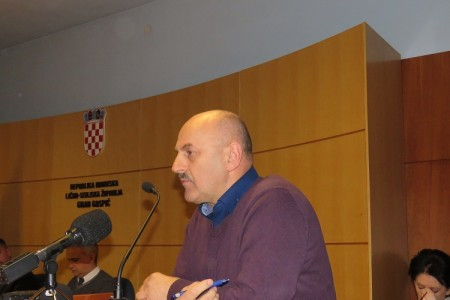 """Karlo Starčević: """"HDZ-ov prekid sjednice je pokazivanje  mišića"""""""