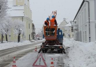 Lice i naličje snijega u Gospiću!!!