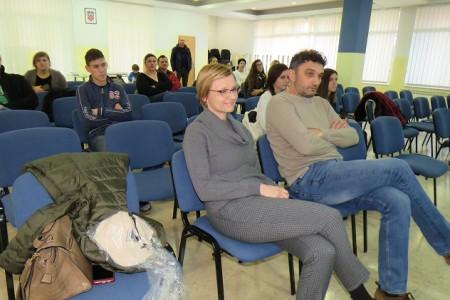 Zahvaljujući Lokalnom volonterskom centru i LEA-i konačno se zahuktava volonterizam i u Gospiću!!!!