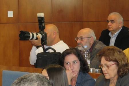 """Pozivam gospodina Darka Milinovića da se javno ogradi od tekstova na portalima Lika-online i GS-press o mojoj isprici njemu. To je bio džentlmenski dogovor nas dvojice koji ne trebaju komentirati razni """"novinari""""!"""