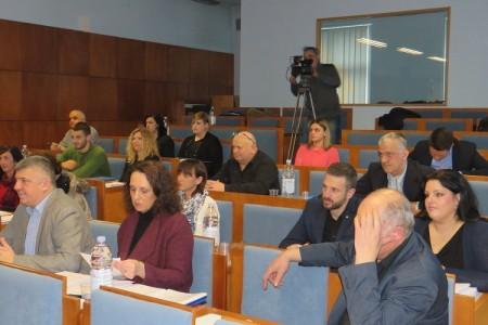 VIDEO: prvi dio aktualnog sata, pitanja vijećnika Vlatke Devčić Stilinović i Zdravka Župana