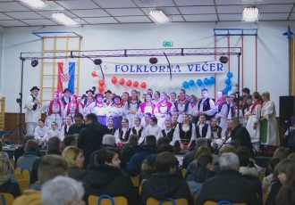 U Korenici održana jubilarna, 5.folklorna večer