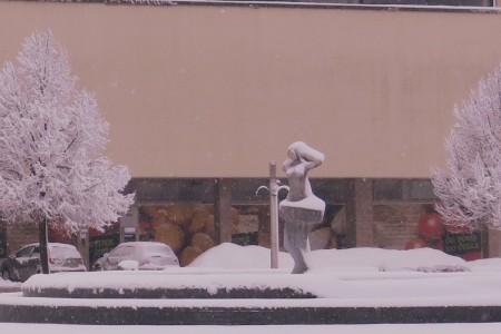 Opet snijeg!!! U Gospiću jutros 17 cm snježnog pokrivača