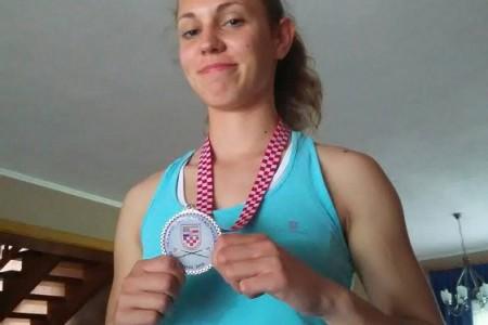 ČESTITAMO: veslačica Mirna Dasović iz Perušića ponovno druga u Hrvatskoj!!!