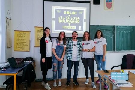 """Mladi aktivisti iz Gospića poručuju: """"Pomaganjem drugima pomažemo sebi!"""""""