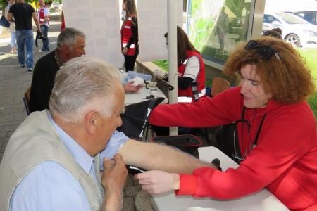 Gospićko društvo Crvenog križa brojnim akcijama obilježava svoj Tjedan!