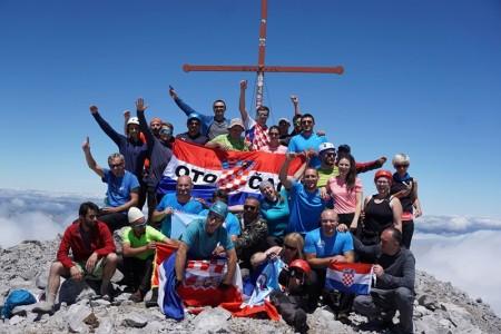 Gromovčani na vrhu Proklete planine