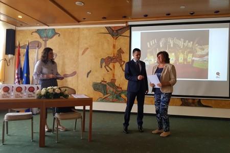 DOBRA VIJEST: u NP Plitvička jezera otvorena trgovina s Lika Quality proizvodima!!!