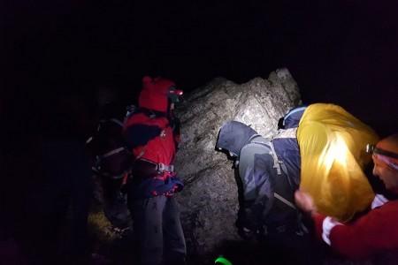 HGSS-ovci na terenu- dramatična potraga za planinarima na Velebitu!!!