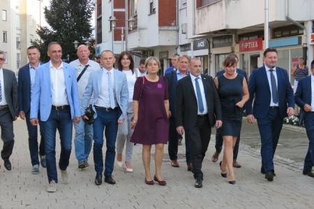 Kuščević, Medved i Kalmeta došli pokazati  da vrh HDZ-a podržava Kustića i Radoševića?