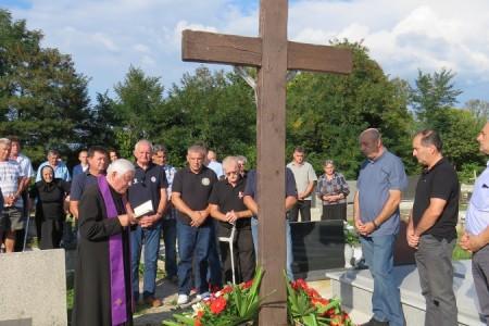 Ribničani odali počast poginulim sumještanima u drugom svjetskom i Domovinskom ratu