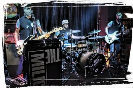 "U subotu 22.rujna u Harvesteru nastupa rock sastav ""Vis milicija Hr."""