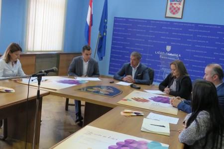 Na jubilarnoj 20. Jeseni u Lici biti  će oko 270 izlagača iz 19 hrvatskih županija i tri susjedne zemlje