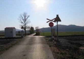 EKSKLUZIVNO: HŽ infrastruktura u bukobran u Svetom Marku i pet željezničko-cestovnih prijelaza od Svetog Marka do Gospića ulaže 3,3 milijuna kuna!!!