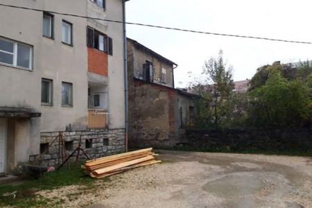 Muke po stanarima jedne gospićke stambene zgrade