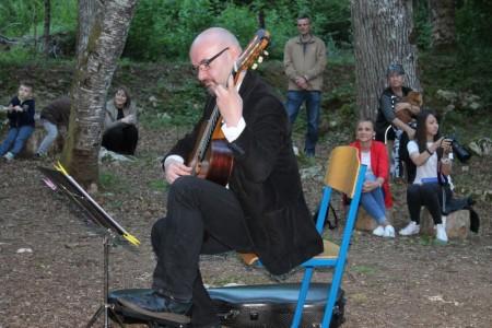 Ne propustite: večeras u Gospiću koncert Tvrtka Sarića