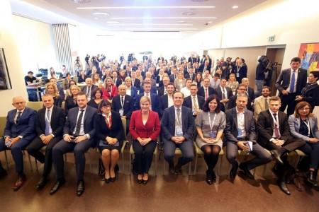 Sudionici susreta druge generacije iseljene Hrvatske  G2 posjetit će danas Gospić