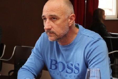 """Predsjednik HNS-a Ivan Vrdoljak izjavio u Senju : """"HNS-ov smjer je ni lijevo ni desno, nego samo naprijed"""""""
