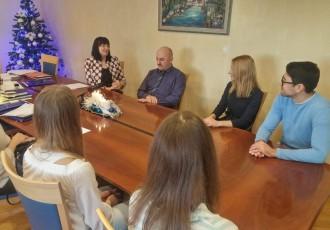 BRAVO: Gradonačelnik Karlo Starčević i dalje svojom  gradonačelničkom plaćom stipendira studente s područja Gospića