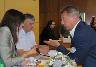 Župan Milinović sutra je na putu, pošto nije odredio svoga predstavnika za sutrašnju sjednicu predsjednica Marijanović odgodila je za ponedjeljak