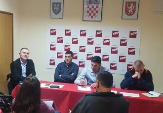 SDP-ovci zajedno s predsjednikom Bernardićem krenuli u pripreme za županijske izbore