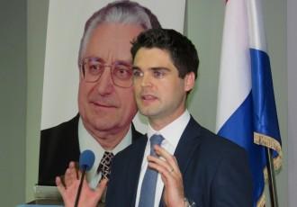 Karlo Ressler i još pet HDZ-ovih kandidata za euro-parlament danas u Korenici i Gospiću