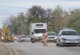 Ne nasjedajte na dezinformacije: radovi u Budačkoj ulici u Gospiću ne samo da nisu zaustavljeni već se odvijaju sukladno planovima i rokovima