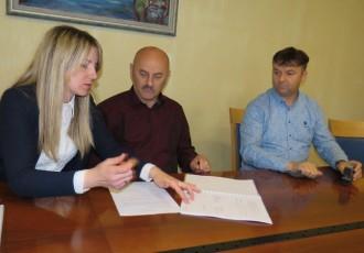 Kreće energetska obnova osnovne škole u Ličkom Osiku, grad Gospić ulaže oko 3 milijuna kuna, ostatak ide iz europskih fondova