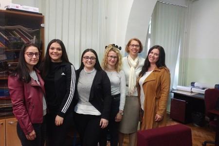 """10. godina provedbe programa """"Prevencija nasilja u mladenačkim vezama"""" u gradu Gospiću"""