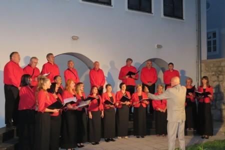 Gospićki Gradski zbor 11. svibnja u borbi za najboljeg izvođača hrvatske tradicijske vokalne glazbe