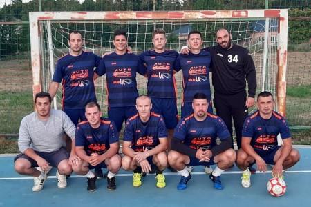 U finalu malonogometnog turnira u Ličkom Osiku večeras u 21 sat CB LA vs Lončar- Prikidači