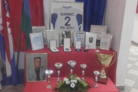 """Rukometašima Senja memorijalni turnir """"Robert Barbić- Beli"""""""