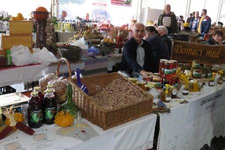 Jesen u Lici,  obilje plodova rada vrijednih ruku