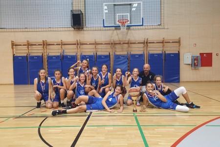 BRAVO: Mlade gospićke košarkašice pod vodstvom trenera Damira Vujnovića osvojile međunarodni turnir u Matuljima!!!