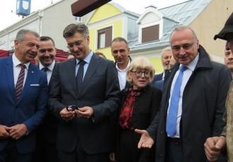 Premijer Andrej Plenković obišao Jesen u Lici