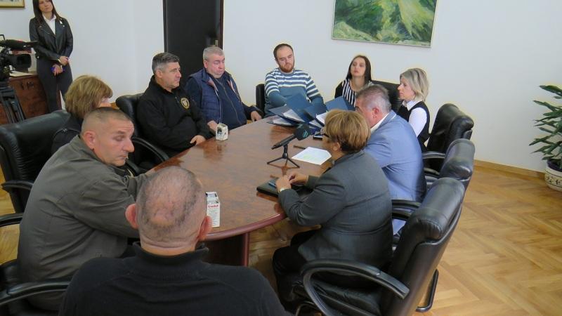 Udruzi slijepih, Školskom sportskom savezu i braniteljskim udrugama iz županijskog proračuna oko 350,000 kuna