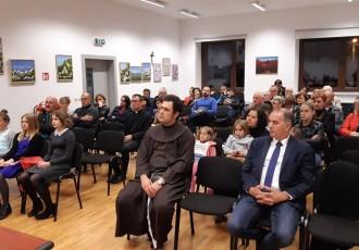 Večer domoljubne poezije u Lovincu