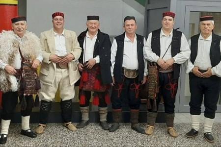 BRAVO: Muška pjevačka skupina HKUD-a Široka Kula sudjelovala među 10 pjevačkih skupina na nacionalnoj smotri!